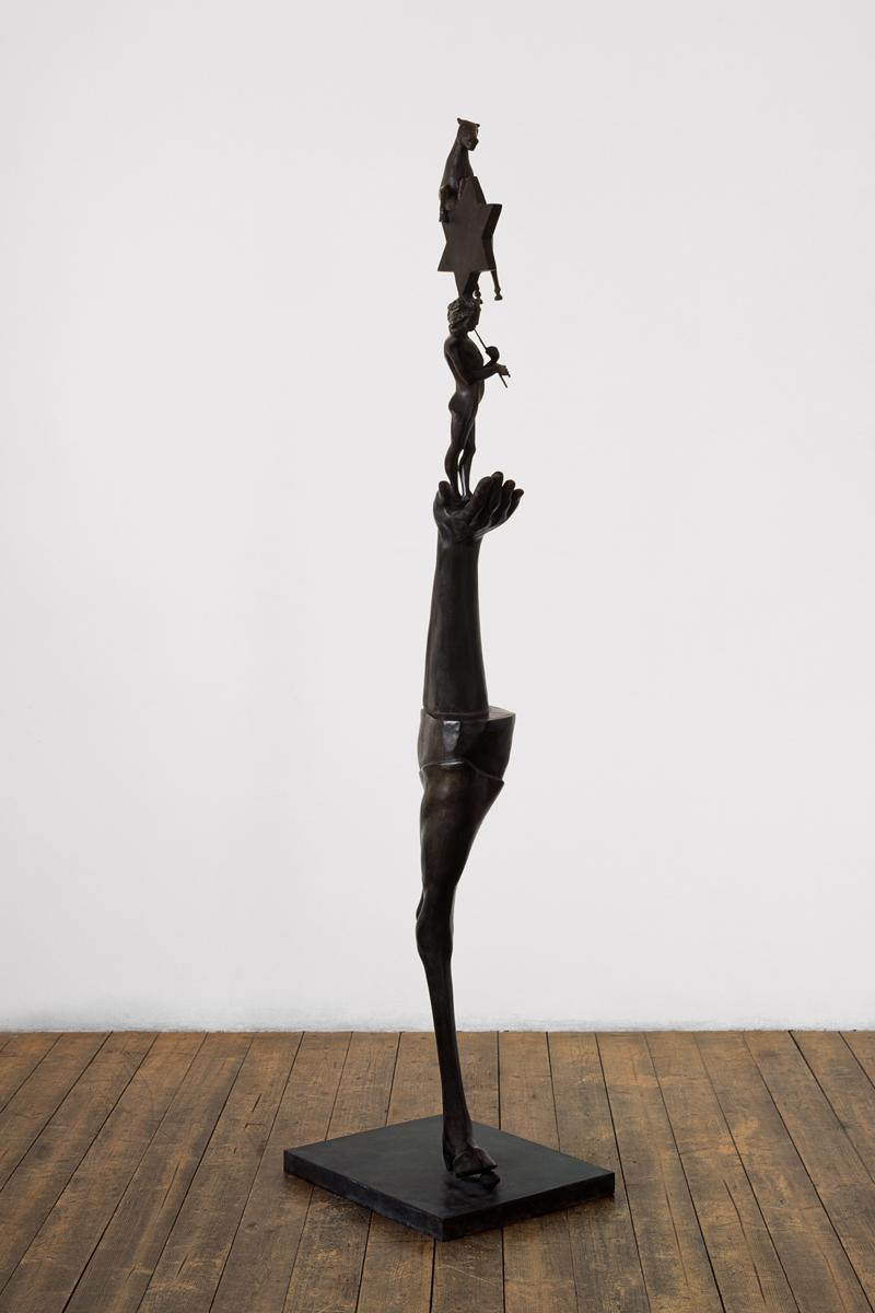 <i>Utopia</i>, 1989. Bronzo, 180 x 40 x 45 cm