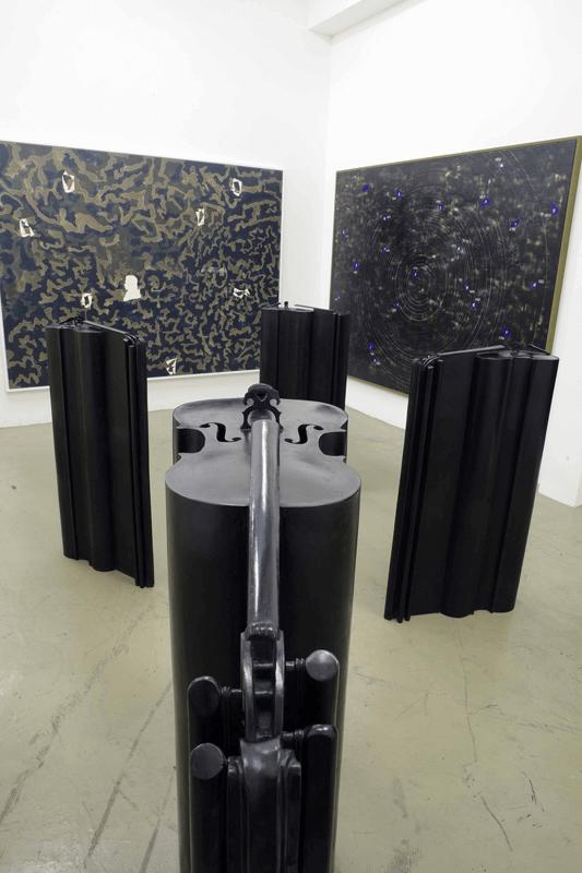 Veduta della mostra Giuseppe Gallo Symphonie en trois mouvements. 30 maggio - 12 luglio 2008. Galerie Di Meo, Parigi.